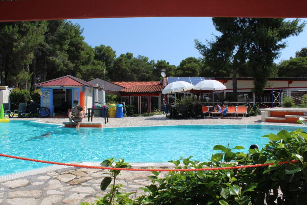 piscina 18
